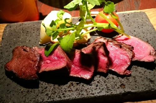 【Himeji】High Class Steak restaurant server staff part-time job(JLPT N2 and N3 welcome!)